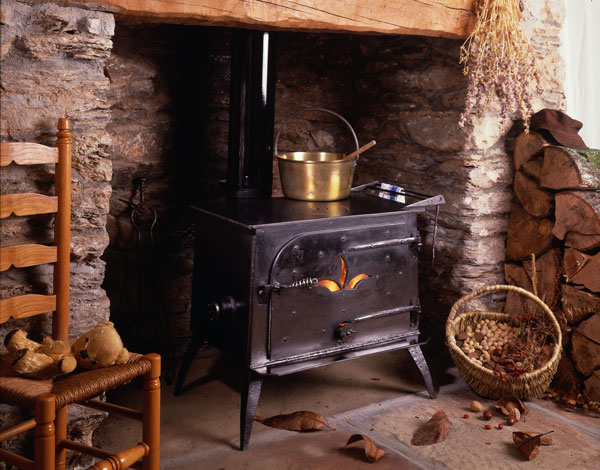 'Fuge' type multifuel stoves. (1988 -1998)