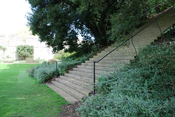 Handrails to 'The Mound'